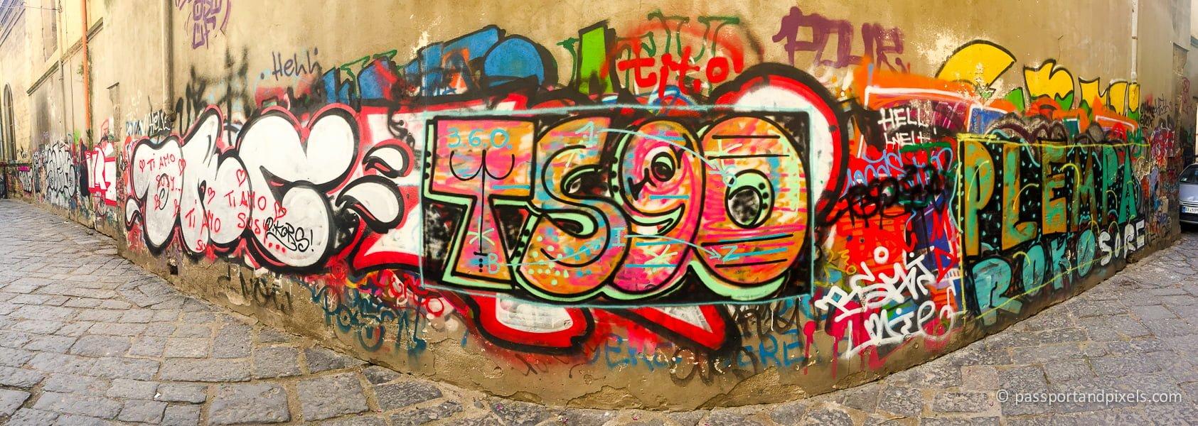 Graffiti, Naples