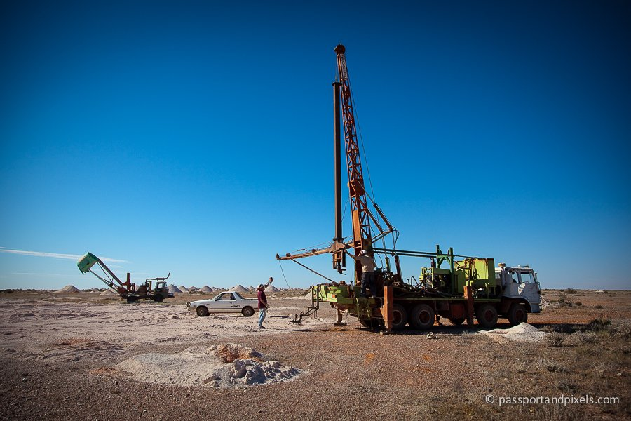 Drilling for opals in Coober Pedy