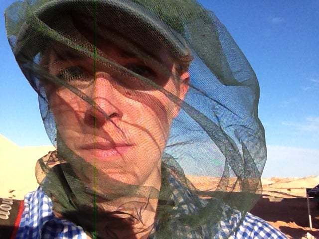 Flies in Coober Pedy